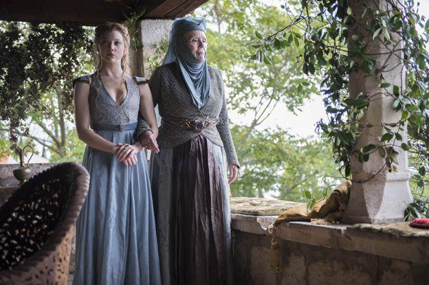 Margaery Tyrell (Natalie Dormer) and Lady Olenna Redwyne (Diana Rigg)