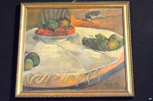Paul Gauguin's Fruits sur une table ou nature au petit chien