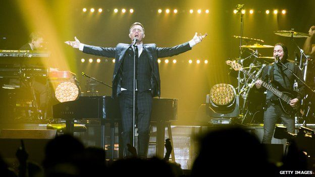 Gary Barlow performing in Belfast on 29 March 2014