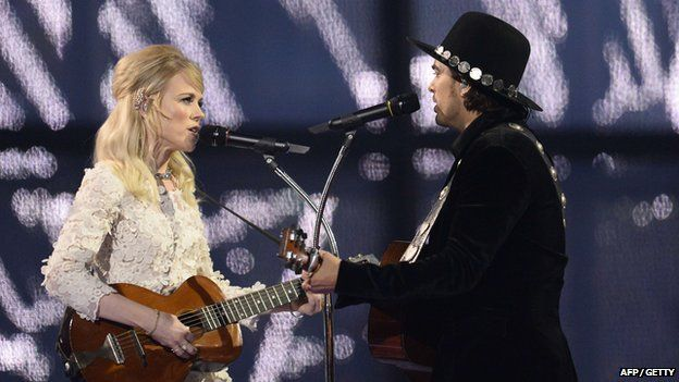 The Common Linnets performing at Eurovision 2014