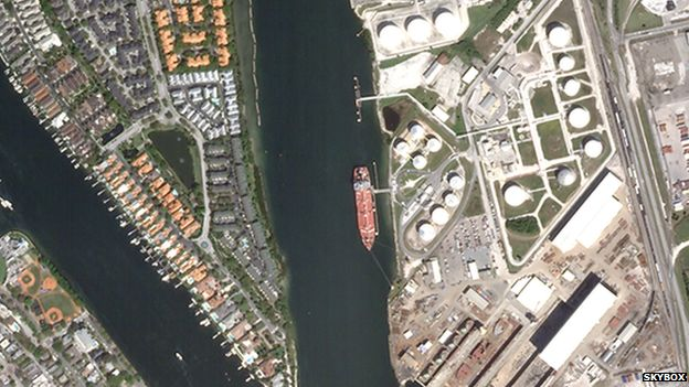 Skybox image of Tampa harbour