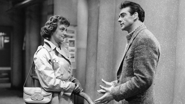 Jacqueline Hill as Grace and Sean Connery as Mountain McClintock in Requiem for a Heavyweight