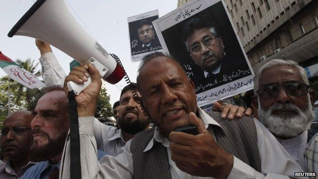 Supporters of former President Pervez Musharraf chant slogans during a rally to show solidarity in Karachi, Pakistan, 20 April 2014