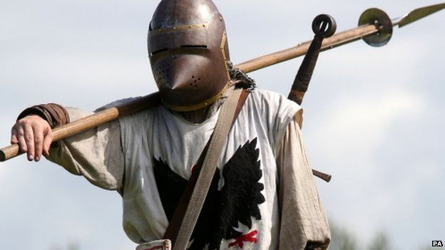 Dave Ramsey from the Clanranald Trust in a Battle of Bannockburn re-enactment