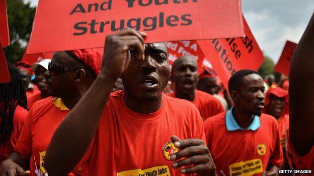 Members of NUMSA demonstrating