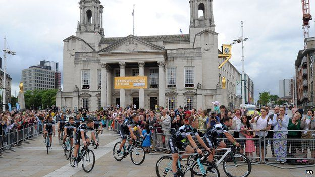 Omega Pharma-Quick Step Cycling Team's Mark Cavendish (right) and the rest of the team during the team presentation at The Leeds Arena, Leeds.