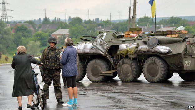 Ukrainian troops in Sloviansk, 7 Jul 14
