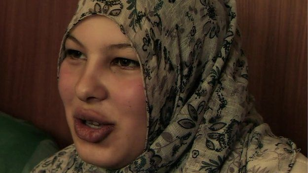 Syrian conflict: Untold misery of child brides - BBC News