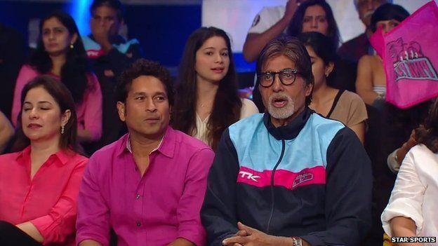 Former Indian cricketer Sachin Tendulkar and Bollywood actor Amitabh Bachchan watching a Pro Kabaddi League match