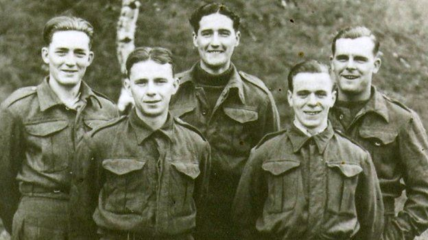 L/Cpl Saunders with other prisoners at Lamsdorf