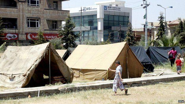 Temporary shelter in the Christian quarter of Ainkawa, Irbil 13/08/2014