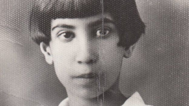 Simin Behbahani as a young girl