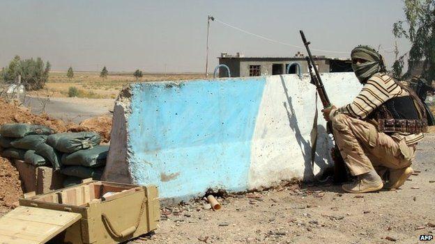 Shia Turkmen fighter in Amerli, Iraq (4 August 2014)
