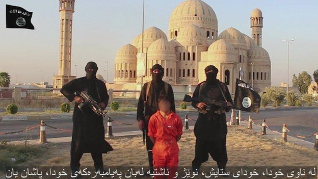 Image from IS video of execution in Mosul. 28 Auf 2014