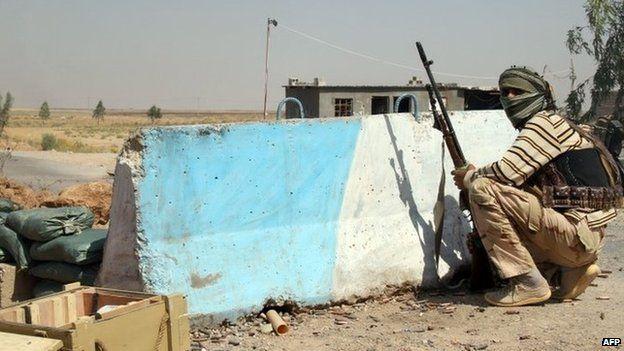 A Iraqi Turkmen fighter in Amerli. Photo: 4 August 2014