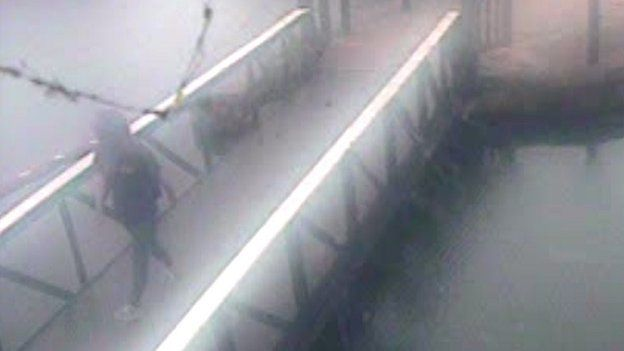 CCTV still of Alice Gross on the Grand Union Canal towpath