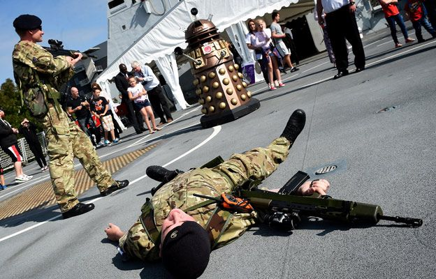 A shoot-out with the Dalek