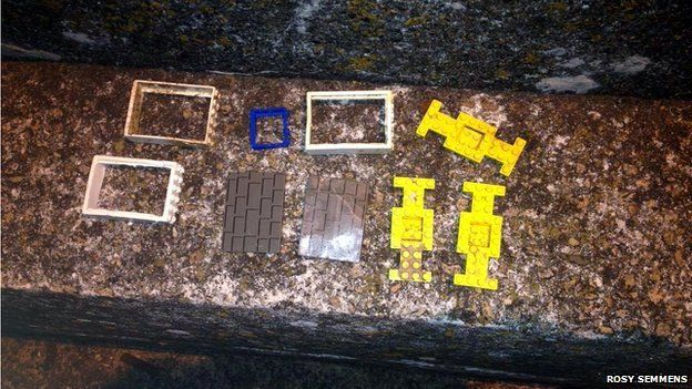 Assorted Lego items