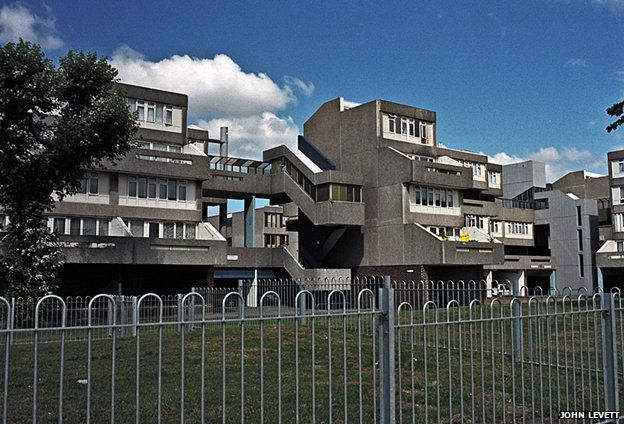 Thamesmead. Bexley. London. Greater London Council. Phase 1. 1967-1972.