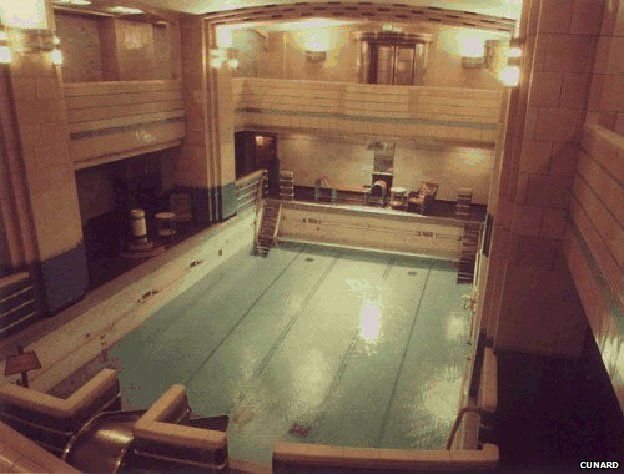 Swimming pool - Queen Mary