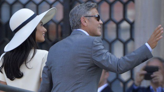 George Clooney Marriage Sealed With Civil Ceremony In Venice Bbc News