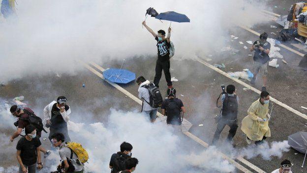 Hong kong tear gas umbrella