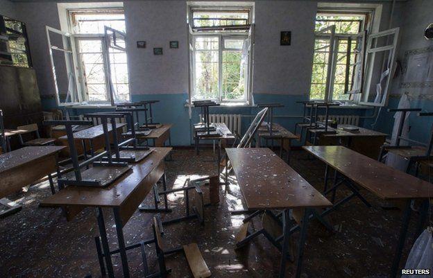 Classroom in Donetsk school number 57 (1 Oct)