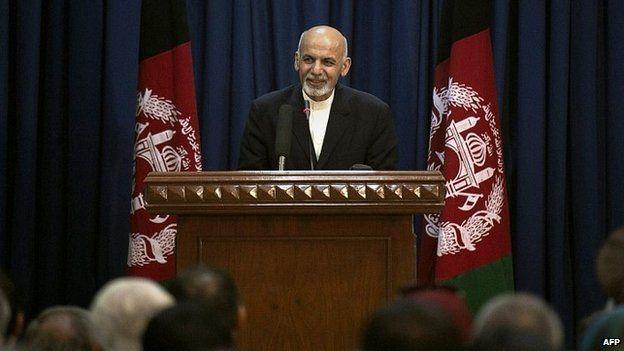 Afghan President Ashraf Ghani speaks at a ceremony in Kabul, Afghanistan - 01 October 2014