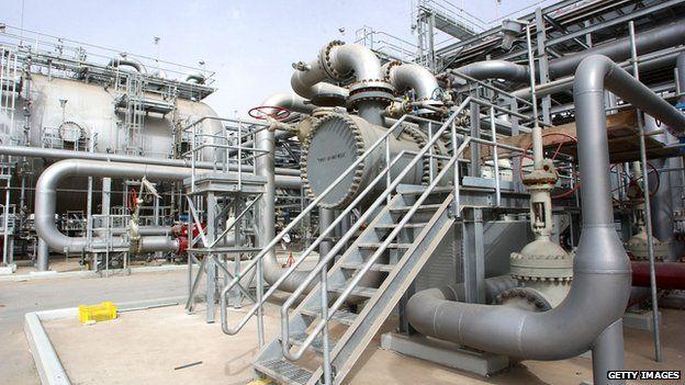 oil refinery, Saudi Arabia
