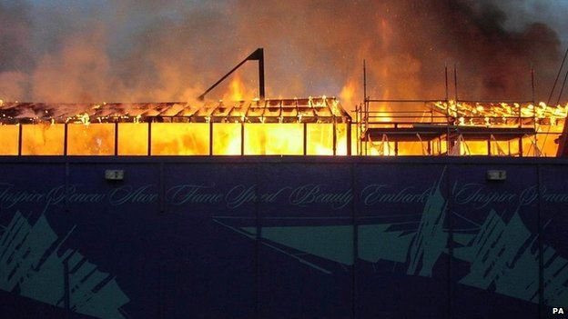 Cutty Sark on fire in 2007