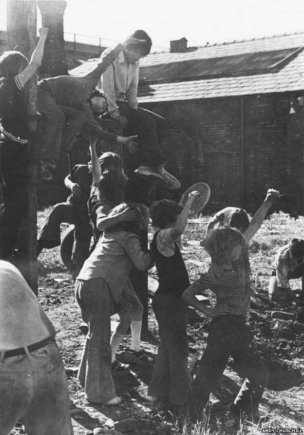 The anarchic experimental schools of the 1970s - BBC News