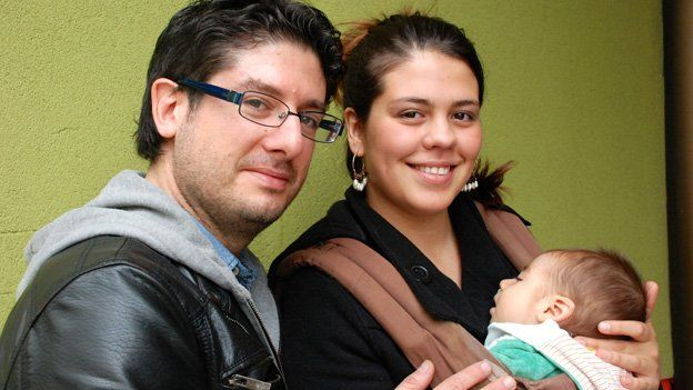 Jorge and Gabriela Riffo with baby Lucas in October 2014