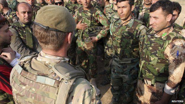 British soldiers train Kurdish Peshmerga fighters in Irbil, northern Iraq