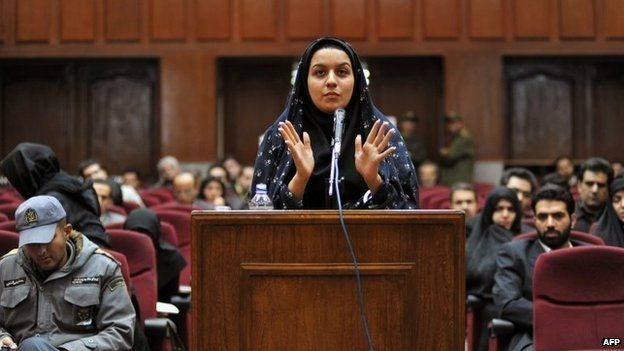 A picture taken on December 15, 2008 at a court in Tehran shows Iranian Reyhaneh Jabbari speaking to defend herself during the first hearing of her trial for the murder of a former intelligence official.