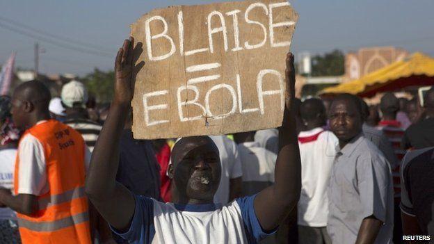 Burkina Faso protesters in Ouagadougou on 28 October 2014