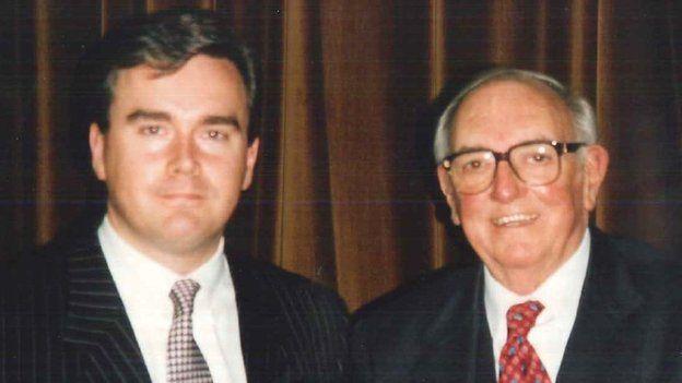 Huw Edwards a Syr Maldwin