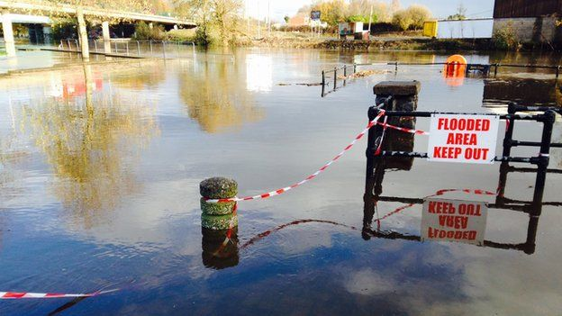The slipway is close to a car park near the Garvaghy Road, Portadown