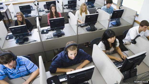 Students training on computers