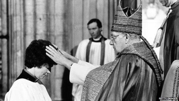 April 1987: Dr Robert Runcie, Archbishop of Canterbury, ordains the first women deacons in Canterbury Cathedral, Kent.