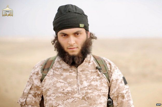Mickael Dos Santos in a grab from an Islamic State propaganda video