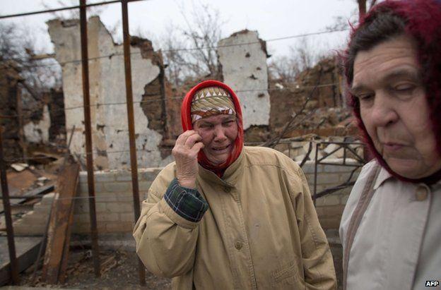 Women in Stepanivka, eastern Ukraine, 19 November