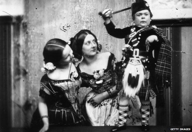 16c7723eca2 The real Tom Thumb and the birth of celebrity - BBC News