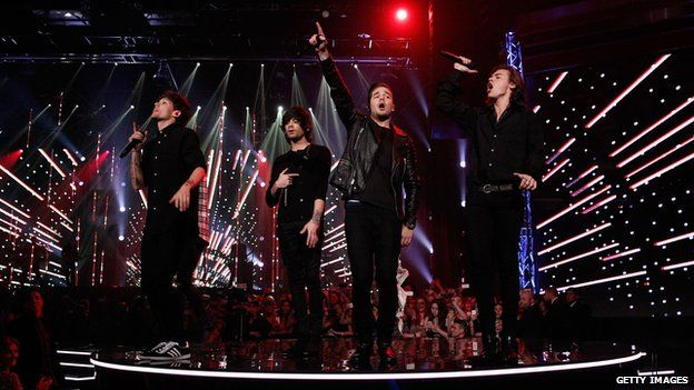 One Direction performing at the ARIA awards