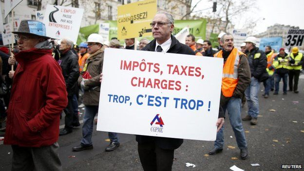 Protest by heads of mid- and small-sized businesses in Paris