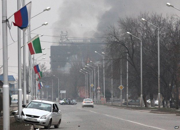 Scene of gunmen's assault in Grozny, 4 Dec 14