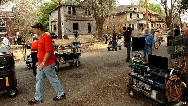 The 2010 remake of A Nightmare On Elm Street being filmed in Gary, Indiana
