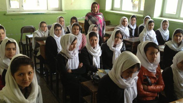 An English class at Zarghuna Girls' School in Kabul