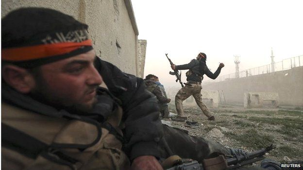 FSA fighters in Damascus (file photo)