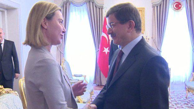 EU foreign policy chief Federica Mogherini with Turkish PM Ahmet Davutoglu (8 Nov)