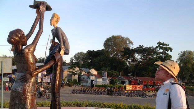 A statue in honour of albinos in Tanzania (December 2014)